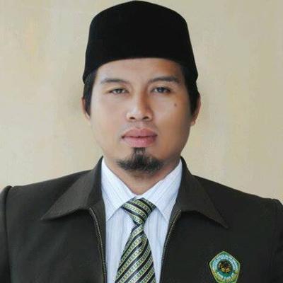Dr (c). Miskari, Lc, M.HI